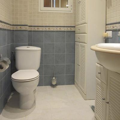 Reformas de baños en Valencia  Reformas Doce